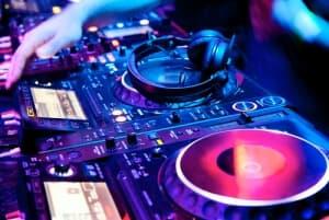 messehostessen_info_Messe_DJ